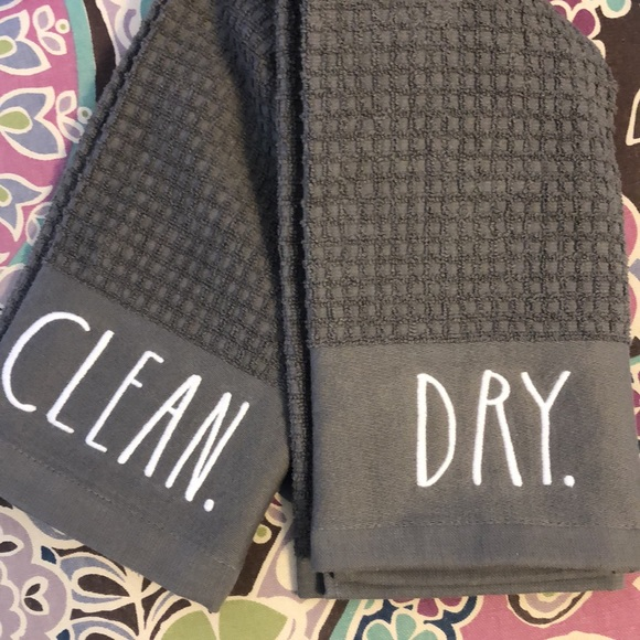 Rae Dunn DRY & CLEAN kitchen towel set NWT
